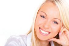 Jak wybrać odpowiednie implanty zębowe?