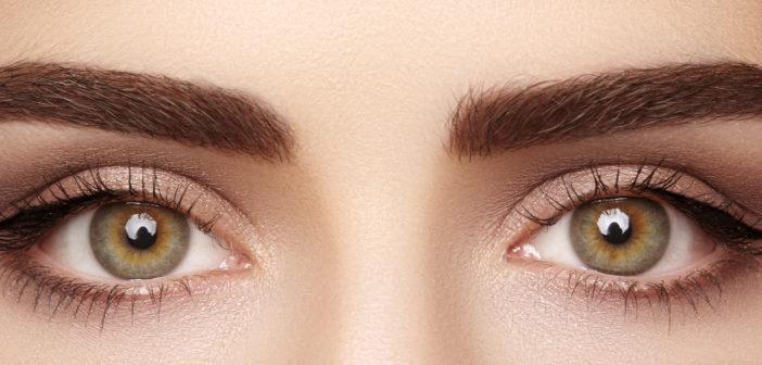 Jak wykonać prosty makijaż oka