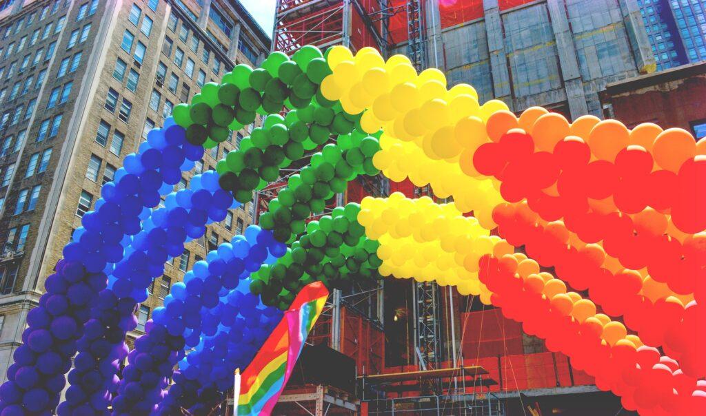 Dlaczego kryptogeje często są homofobami