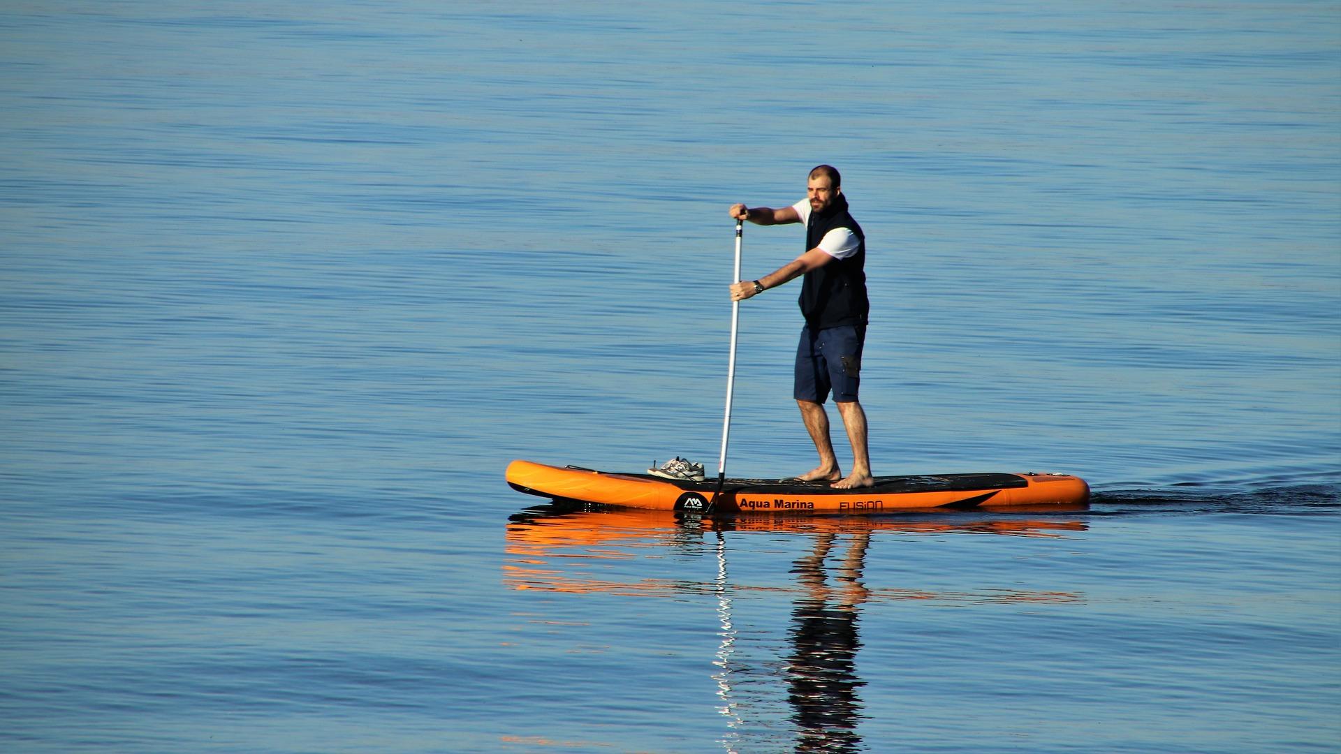 Kto może korzystać z paddle board