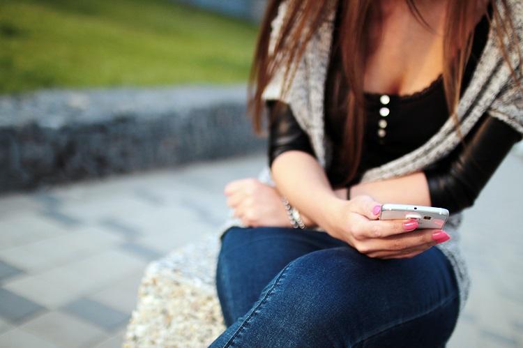 Jak SMS-ować z facetem