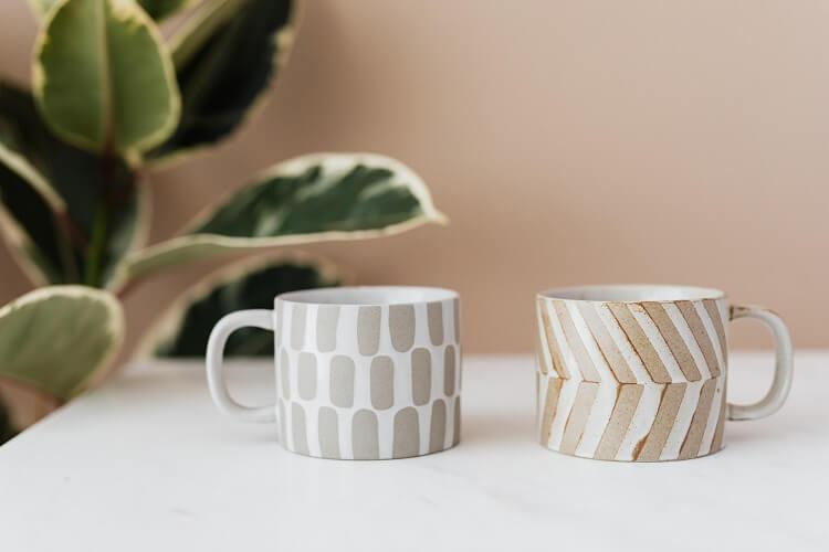 ozdobne kubki ceramiczne